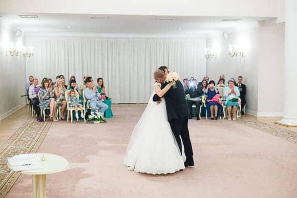 Свадебная фотосессия в Дворце Бракосочетания №3 Санкт-Петербурга