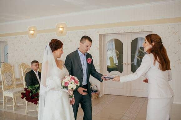 Свадебная фотосессия в ЗАГСе Курортного района Санкт-Петербурга